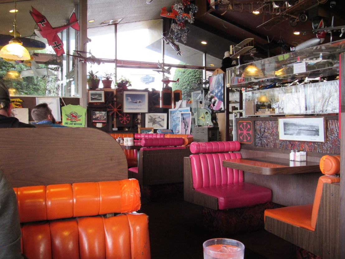Randy's Restaurant, 50s retro
